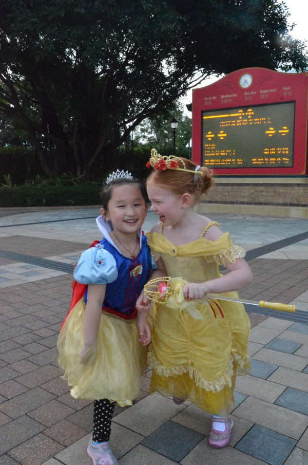 Snow White and Belle Fast Friends at Hong Kong Disneyland